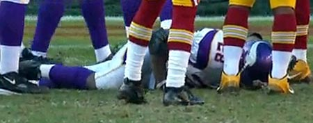 Adrian Peterson (Y! Sports screengrab)