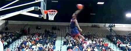Shaquille Johnson (Y! Sports screengrab)