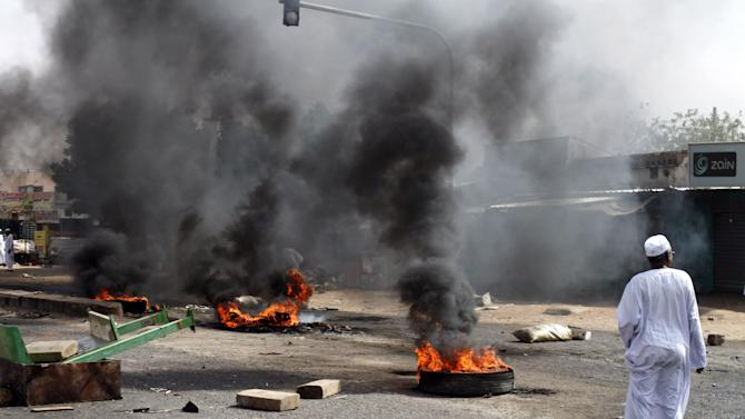 Sudan drops off Internet on 3rd day of riots