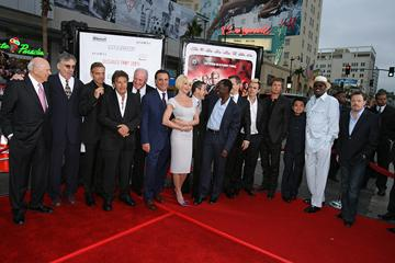 Carl Reiner , Elliott Gould , George Clooney , Al Pacino , Jerry Weintraub , Andy Garcia , Ellen Barkin , Eddie Jemison , Don Cheadle , Matt Damon , Casey Affleck , Brad Pitt , Shaobo Qin , Bernie Mac and Eddie Izzard at the Los Angeles premiere of Warner Bros. Pictures' Ocean's Thirteen