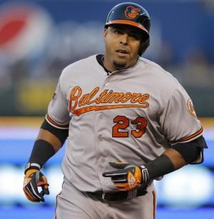 Orioles beat Royals 2-1 to snap 4-game streak