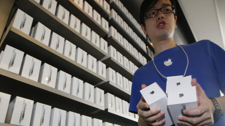 Apple says more than 5 million iPhone 5s sold