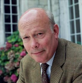 'Downton Abbey' Creator Julian Fellowes In Deal WIth NBC for 1880s New York Drama