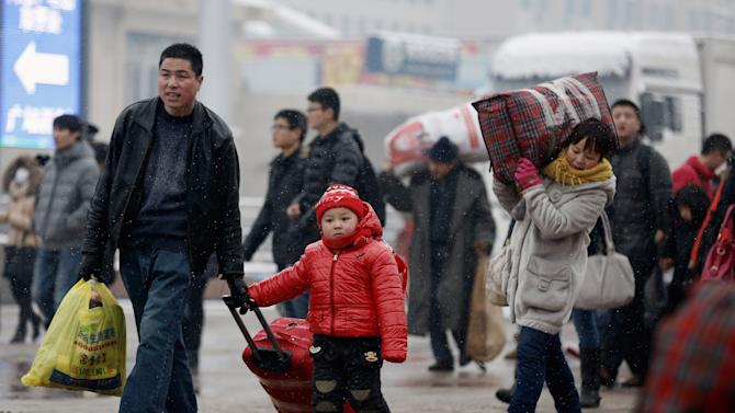 Spring Festival Travel Rush Continues