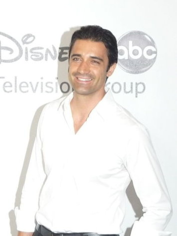 "Gilles Marini seems to have a chip on his shoulder during this year's ""Dancing With The Stars."""