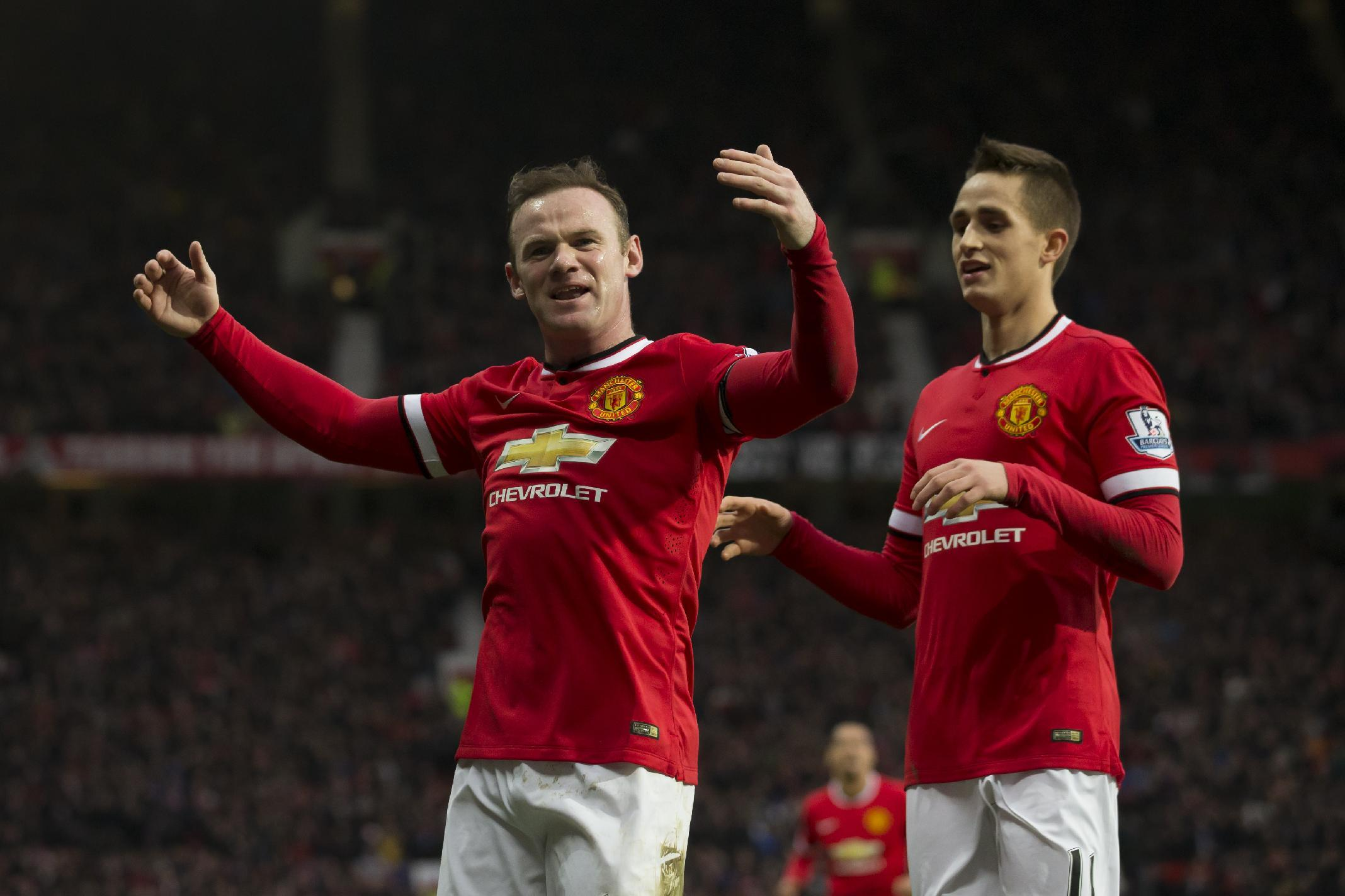 Referee red card overshadows Rooney goals in EPL
