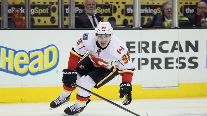 Mike Cammalleri #93 Of The Calgary Flames Pursues Getty Images