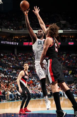 Bobcats rout Trail Blazers 124-94