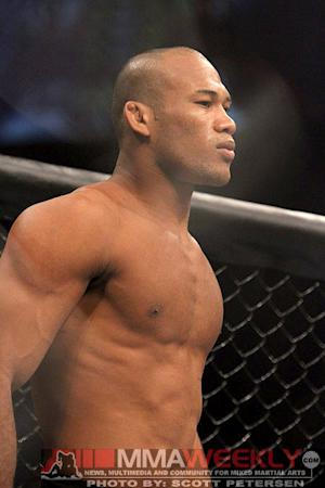 UFC on FX 8 Results: Jacare Souza Makes Quick Work of Camozzi, Calls for Main Event Winner