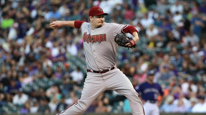 Davidson homers to lead D-backs past Rockies, 7-2