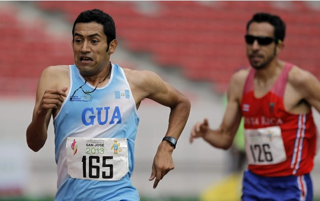 Guatemala's Gonzalez and Costa Rica's Chavez compete in the men's 5000m final at the Central American Games in San Jose