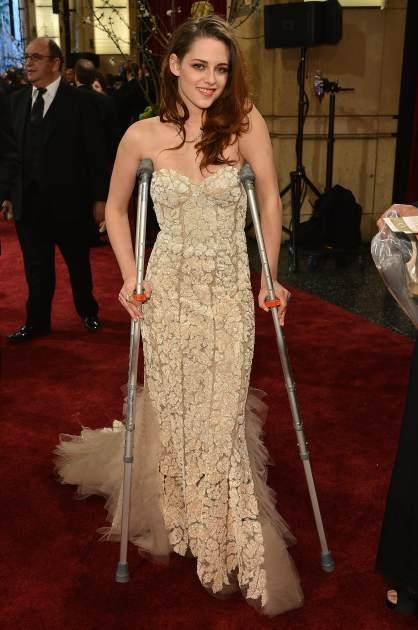 Kristen Stewart arrives at the Oscars on crutches on February 24, 2013 in Hollywood, Calif. -- Getty Premium