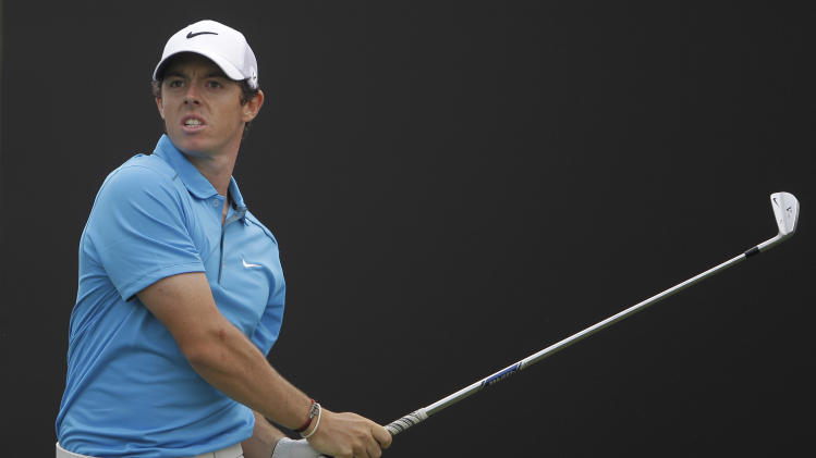 Gallacher takes 2-shot lead over McIlroy in Dubai