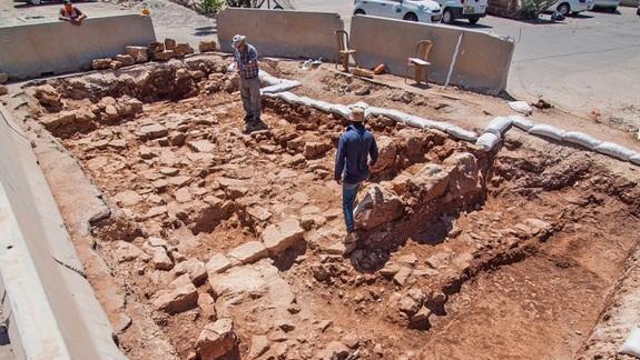 Ancient Roman Road Exposed in Jerusalem