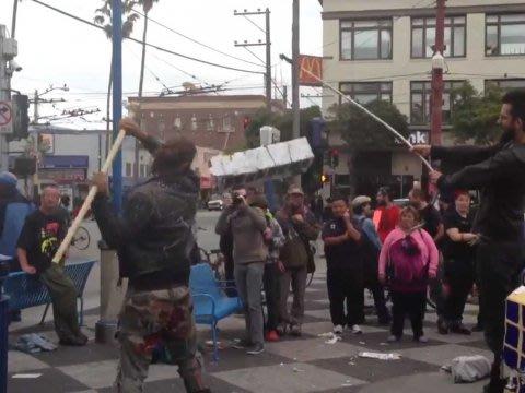 san francisco residents bashing google shuttle bus pinata