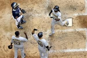 McCutchen, Jones homer, Pirates beat Brewers 6-5