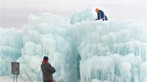 Ice Castle Built in Busy Parking Lot in Minnesota