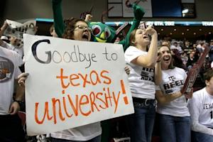 Brown leads Longhorns to 70-68 win over Texas A&M