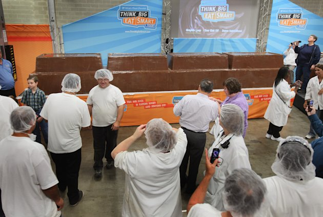 Guinness World Record Attempt At Largest Chocolate Bar