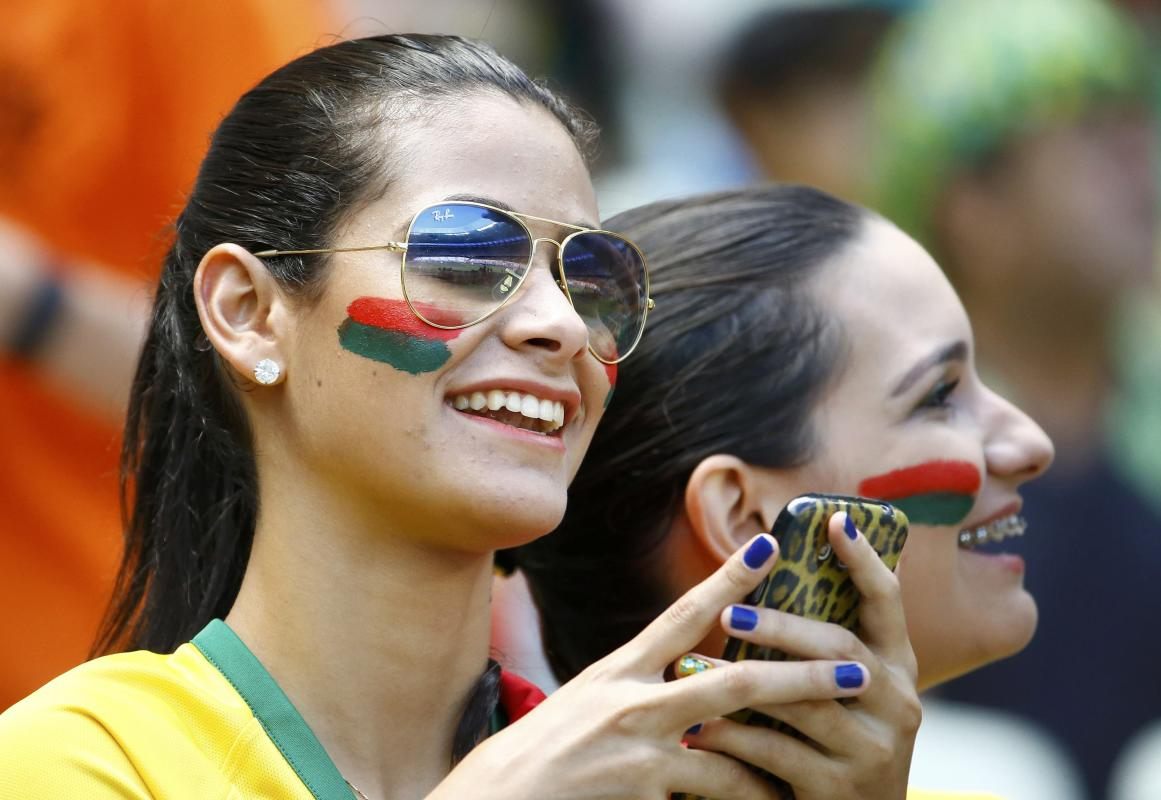 Photogenic fans of the World Cup - Day 18