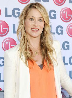 'Saturday Night Live' Cast Finally Scores with Christina Applegate