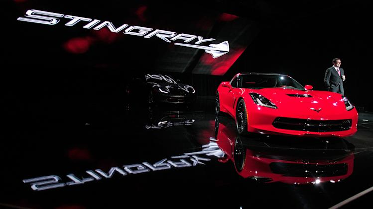 Chevy Unveils 2014 Corvette at Detroit Auto Show