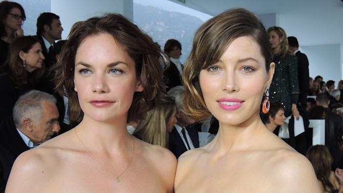 In this photo taken Saturday, May 18, 2013 actors Ruth Wilson and Jessica Biel arrive for the Dior fashion show in Monaco, southern France. (AP Photo/Nekesa Moody)