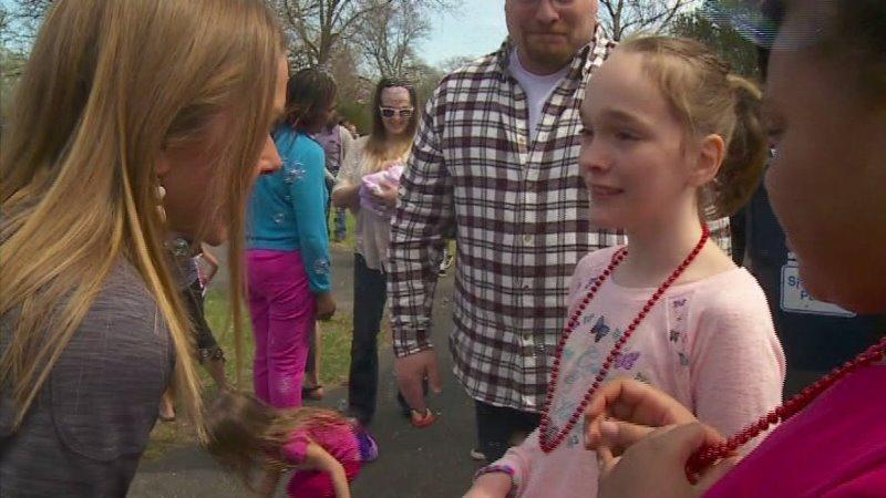 Hundreds Attend Minnesota Girl`s Birthday Party After Her Classmates Decline Invitation