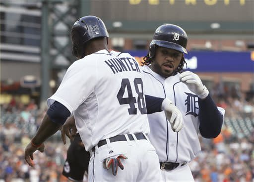 Benoit, Tigers beat White Sox 8-5