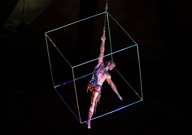Former British gymnast Paul Bowler performs in a Cirque du Soleil show. (Cirque du Soleil Inc.)
