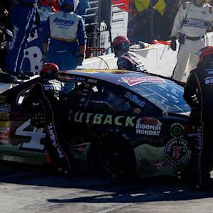 Harvick, Kenseth collide after restart