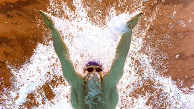 A picture taken with an underwater camera shows Great Britain's Adam Peaty competing in the final of the men's 100m breaststroke swimming event at the 2015 FINA World Championships in Kazan on August 3, 2015