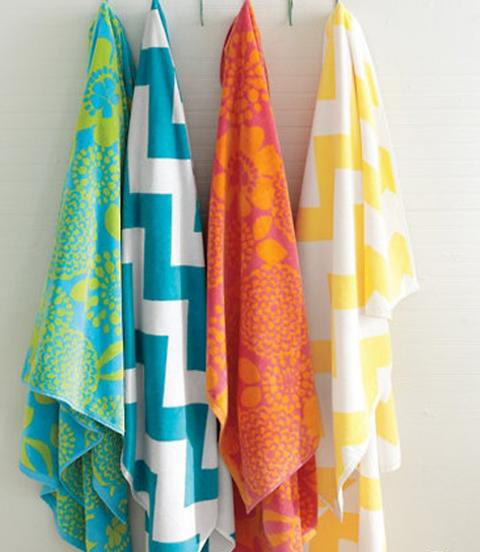 Bright Towels To Help You Keep Track Of Your Kids