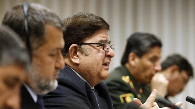 Afghanistan's Minister of National Defense Abdul Rahim Wardak meets with Secretary of Defense Leon E. Panetta, Tuesday, April 10, 2012, at the Pentagon. (AP Photo/Haraz N. Ghanbari)