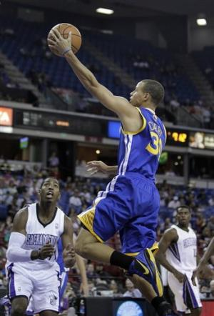 Warriors slip past Kings 99-88