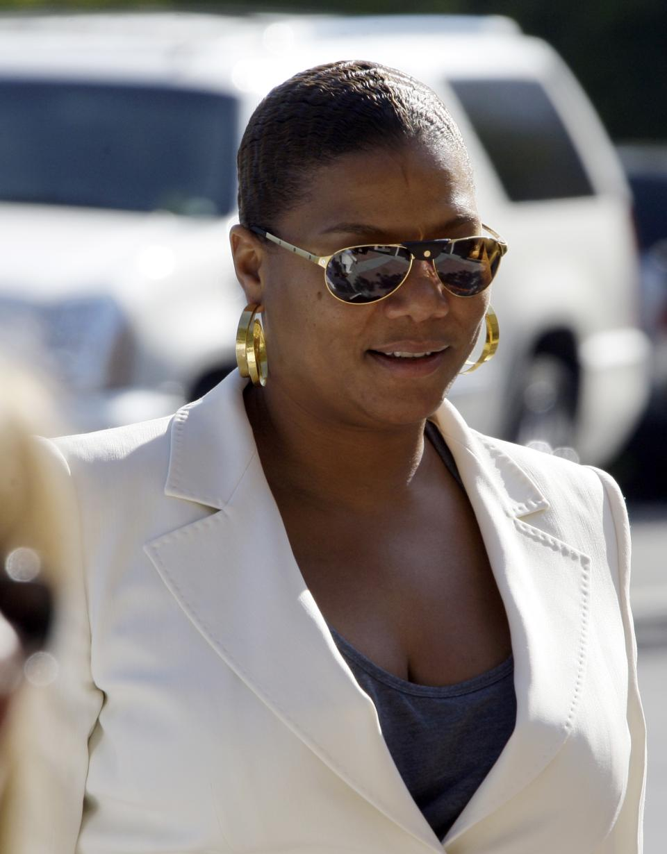 Queen Latifah arrives at a memorial service for singer Teena Marie at Forest Lawn-Hollywood Hills in Los Angeles Monday, Jan. 10, 2011.  Teena Marie, whose given name was Mary Christine Brockert, died Dec. 26, 2010, at age 54. (AP Photo/Reed Saxon)