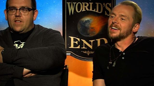 "Simon Pegg, Nick Frost have a pint at ""The World's End"""