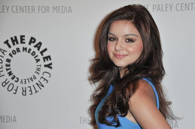 FILE - In this Sept. 24, 2012 file photo, Ariel Winter attends the World Premiere of &quot;Batman: The Dark Knight Returns Part 1&quot; at The Paley Center for Media, in Beverly Hills, Calif. Winter&#39;s father, Glenn Workman, said Monday, Nov. 19, 2012, in a court filing in Los Angeles that he opposes a guardianship for his 14-year-old daughter. (Photo by Richard Shotwell/Invision/AP, File)