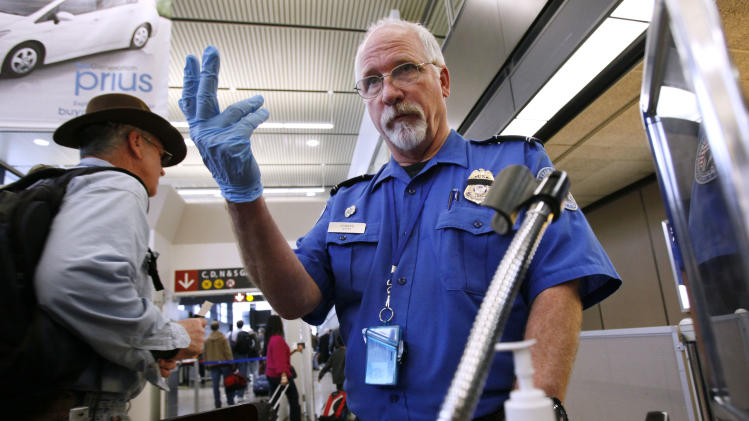 Delta Air Lines CEO opposes TSA policy on knives