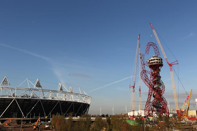London 2012 ArcelorMittal Orbit Sculpture is Completed