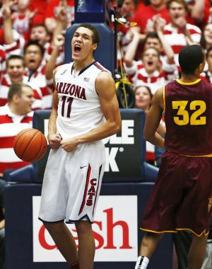 AP poll: Arizona, Syracuse 1-2 for 7th week in row