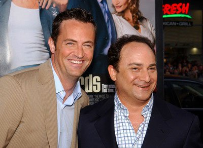 Premiere: Matthew Perry and Kevin Pollak at the world premiere of Warner Brothers' The Whole Ten Yards - 4/7/2004