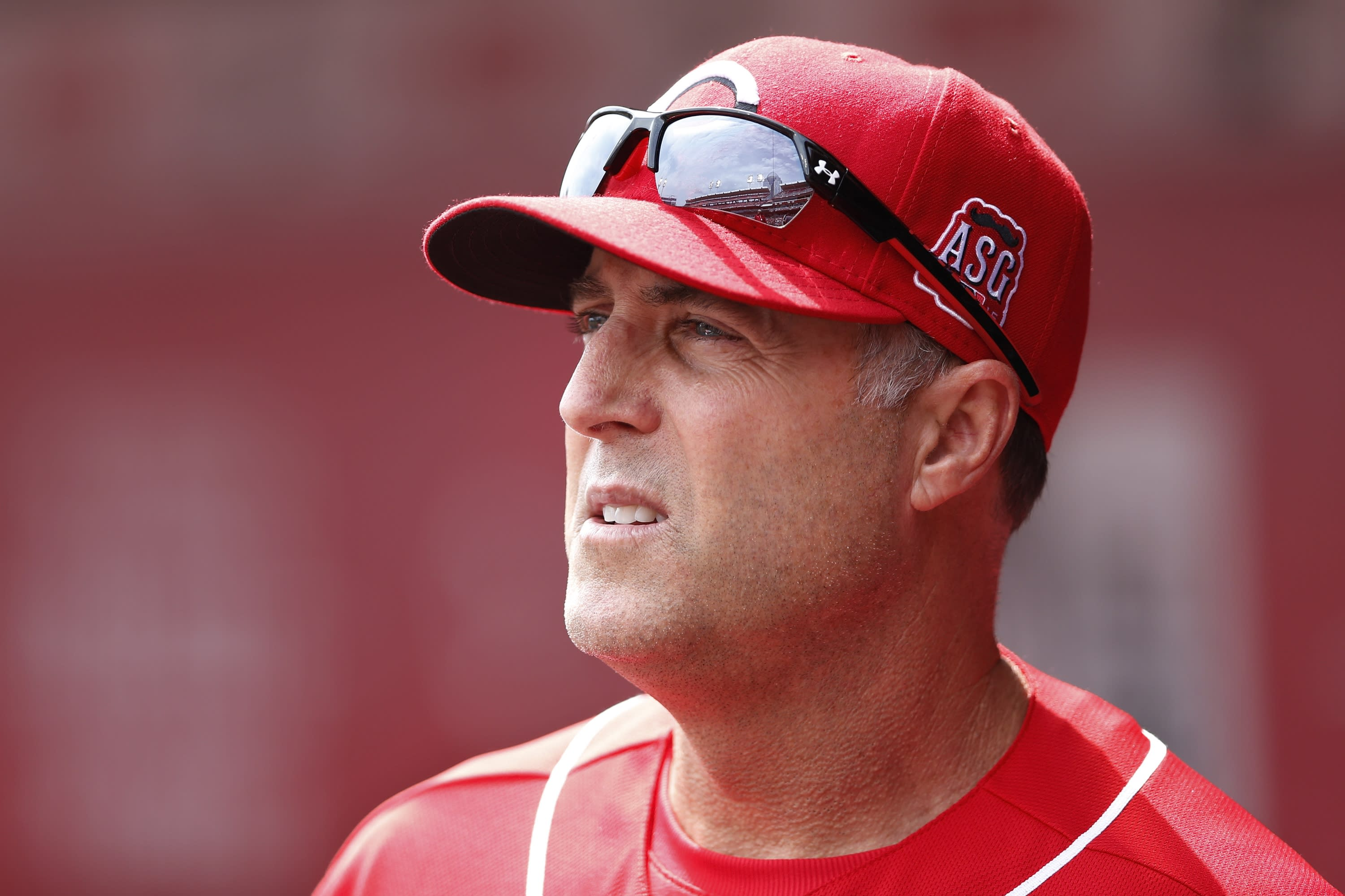 Reds manager Bryan Price unleashes 77 F-bombs in epic tirade against media