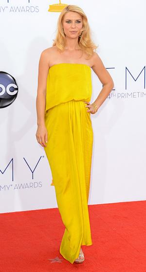 "Pregnant Claire Danes Wears ""Bump-Friendly"" Dress at 2012 Emmy Awards"