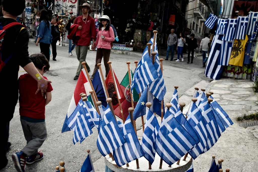 Greece told to move 'urgently' on detailed debt plan