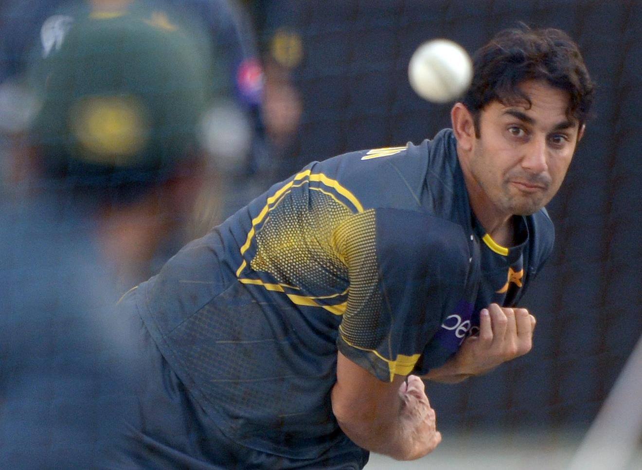 Pakistan spinner Ajmal withdraws from World Cup