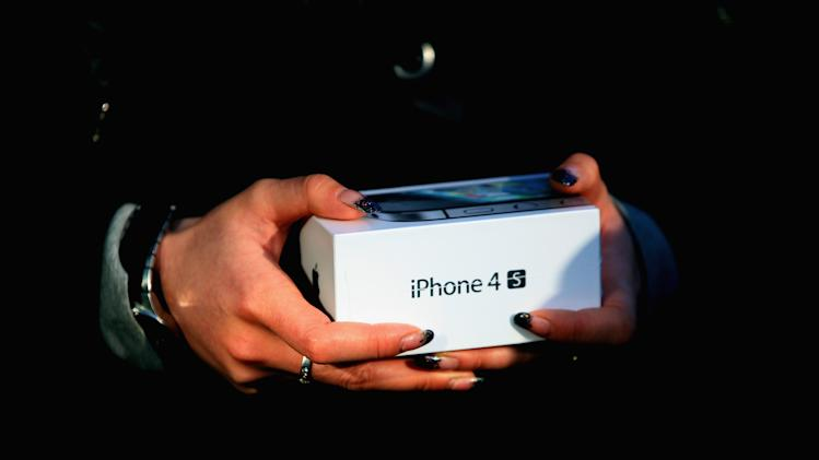 Apple Inc's iPhone 4S Goes On Sale In Mainland China