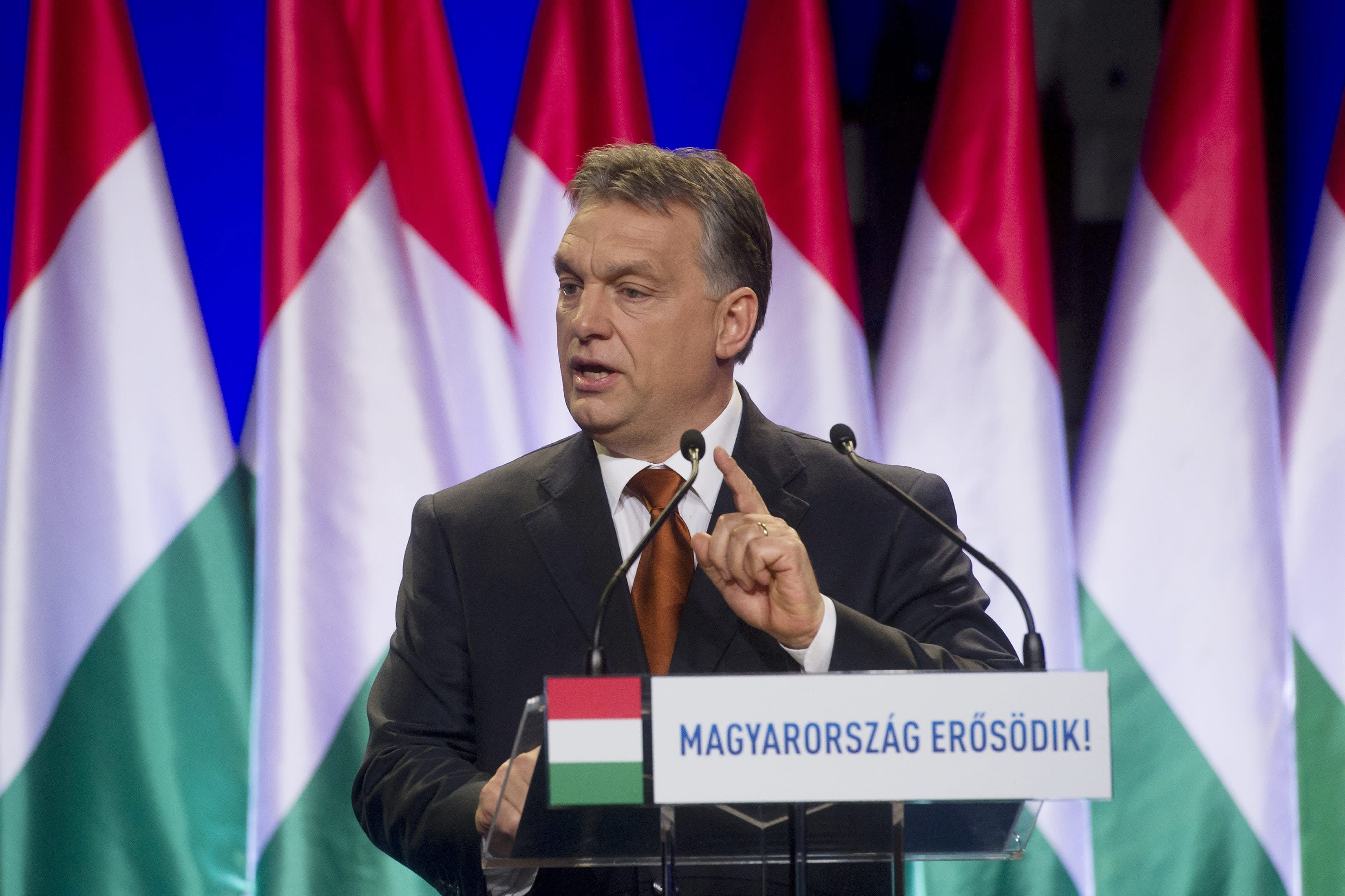 Hungary's premier rejects immigration, multicultural society