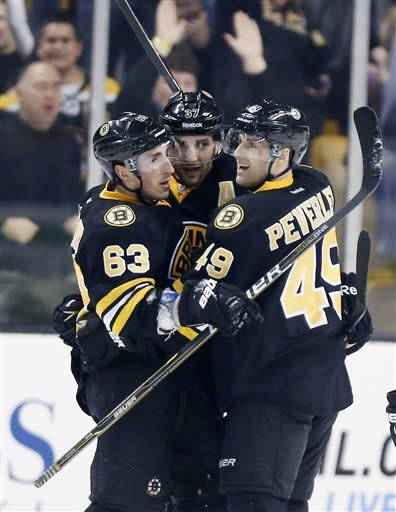 Bruins rally for 3-2 win over Lightning