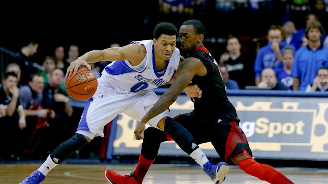 NCAA Basketball: Louisville at Seton Hall